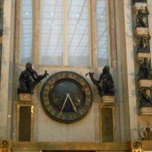 decorazione galleria palazzo assicurazioni Praha