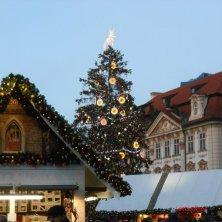mercatino piazza città vecchia