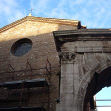 chiesa San Vito con l'arco Galieno