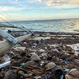 Spiaggia di Bohol, rifiuti