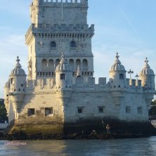 Belem Tower dal fiume