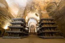 chiesa monolitica interno