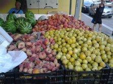 frutta in esposizione