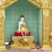 statue alla pagoda