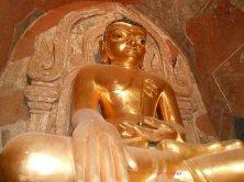 Buddha dorato Bagan