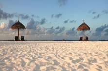 moofushi-maldives-beach-view-27 (1)