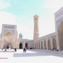 minareto e moschea Poi Kalon