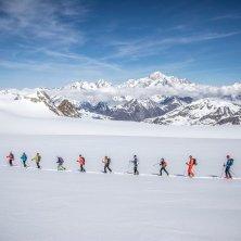 scialpinisti in fila