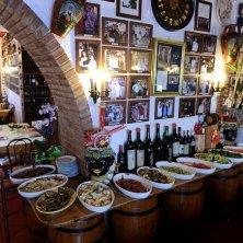 Il famoso ristorante La Botte 001