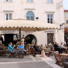 caffè in piazza