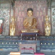 Buddha nella Daeungjeon Hall