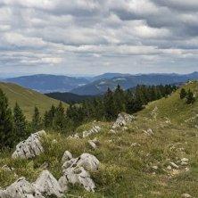 Sentieri in cresta al Giura