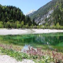 riflessi lago di Jasna