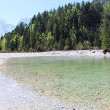 rive del lago Jasna