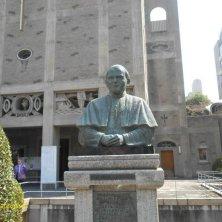 statua Giovanni Paolo II a Hiroshima