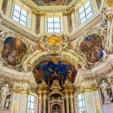 Abbazia di Novacella interno barocco chiesa