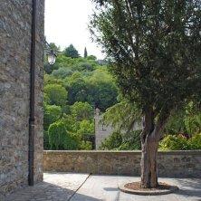 Arquà Petrarca-scorcio da piazza Petrarca-EVallarin