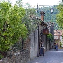 Arquà Petrarca-verso la casa del poeta-EVallarin