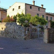 Arquà Petrarca-vie del borgo-V.Galuppo (2)