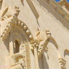 Matera_Cattedrale_particolare del portale_V.Galuppo
