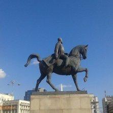statua equestre di re Carlo I Bucarest