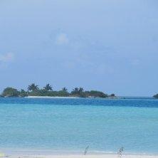 isola deserta atollo