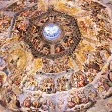affreschi e cupola dall'interno