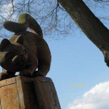 gatti in Giappone statua