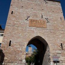 spello-centro-storico-torre