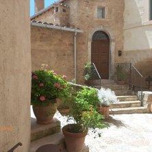 visioni del borgo Castello di Postignano