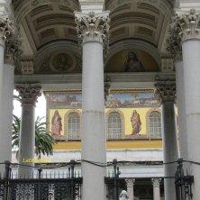 mosaico facciata e colonne portico San Paolo