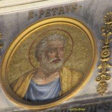 ritratto San Pietro nei medaglioni papali a San Paolo fuori le Mura