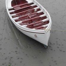 barchetta nella bassa marea