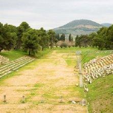 resti dello stadio a Epidauro