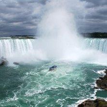 cascate Niagara barca