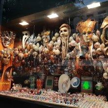 negozio Venezia in maschera