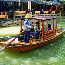 in barca a Suzhou