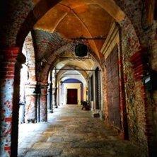 portici del borgo