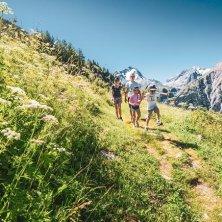 ©Les 2 Alpes_activités_Luka Leroy trekking estate a Les 2 Alpes