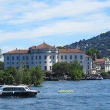 palazzo Borromeo dall'isola dei Pescatori