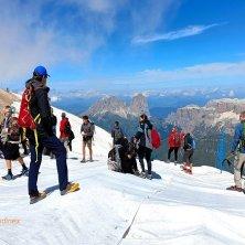 teli bianchi preservano il ghiacciao a Punta Rocca_ ph VGaluppo