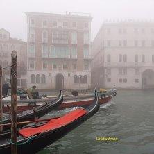 palazzi Venezia misteriosa nella nebbia