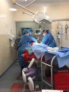 ARA KS SO compr 225x300 - Surgery