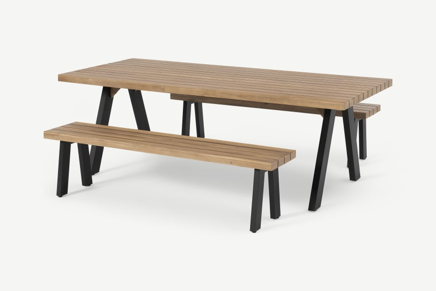 Muebles de terraza - Mesa con bancos a juego de MADE.COM