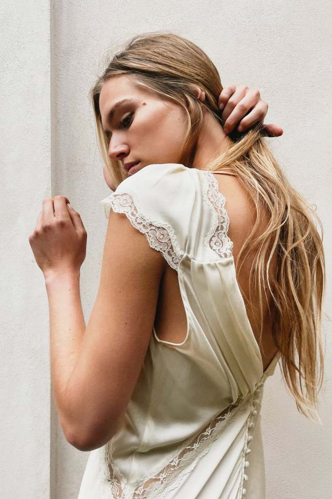 Vestido largo de seda morera - novias de zara