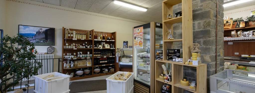 Spaccio Parmigiano Reggiano DOP e prodotti tipici di Montagna, Latteria Sociale Garfagnolo