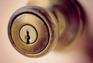 doorknob-725667.jpg
