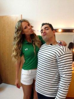 Omar y la guapísima de Vanessa