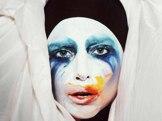 APPLAUSE cover lady gaga 35167904 1024 768