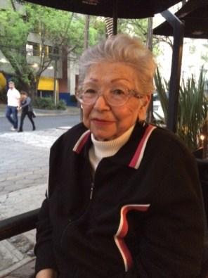 A disfrutar a mi adoración ... Mi abuela